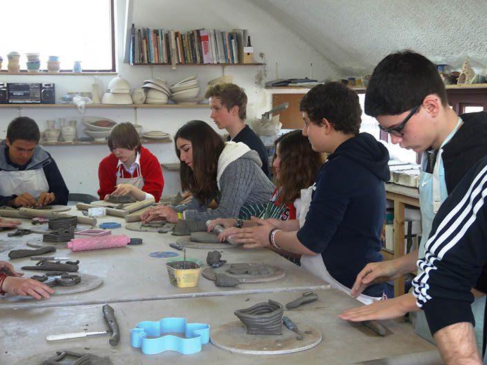 School tour pottery class